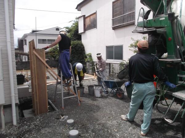 門柱 コンクリート打設2